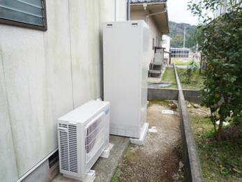 家族4人それぞれが家にいる時間帯を考えていただき、光熱費が安上がりな給湯システムに感激しています。