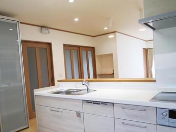 水まわりの全面改修とLDKオープンキッチンへのリフォームで、家族と過ごすのが楽しみになりました。