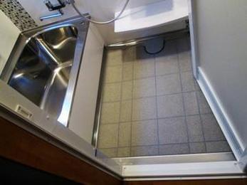 浴室リフォームはきれいになるだけでなく浴槽が断熱されているなど機能的にも進化しています。見積もりもすぐ対応できますので気になる方はお気軽にご相談ください。