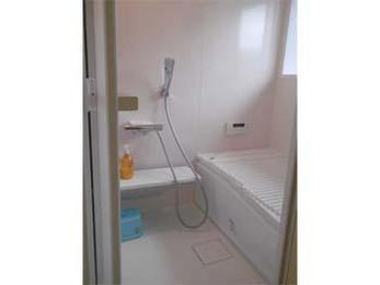 新しい設備になり、暖かく使いやすく快適になりました。お風呂は毎日の事なのでとても嬉しいです。