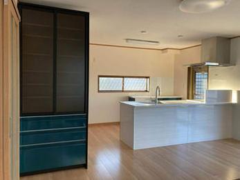 新築の様になり、綺麗で使い勝手も良く、お客様にも大満足です。というお言葉をいただきました。